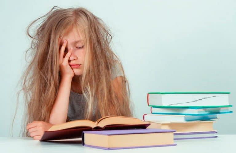 Enfant qui n'aime pas lire